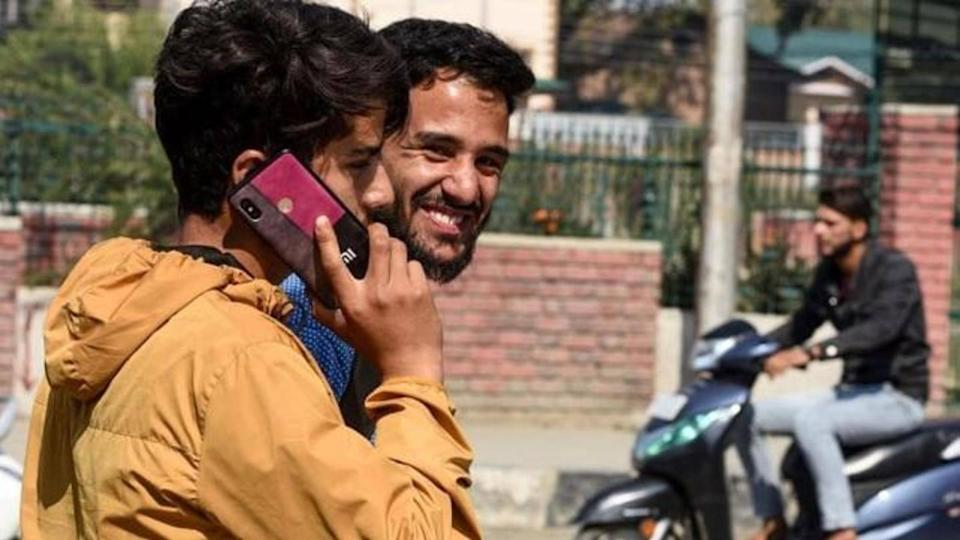 After nearly 2 years, 4G mobile internet restored in J&K