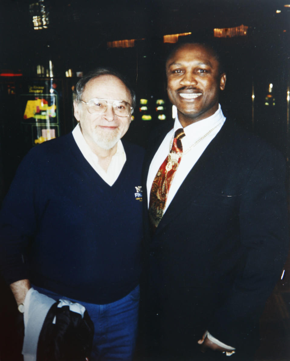 Joe Frazier expressed his frustrations to journalist Jerry Izenberg (Gene Kilroy)