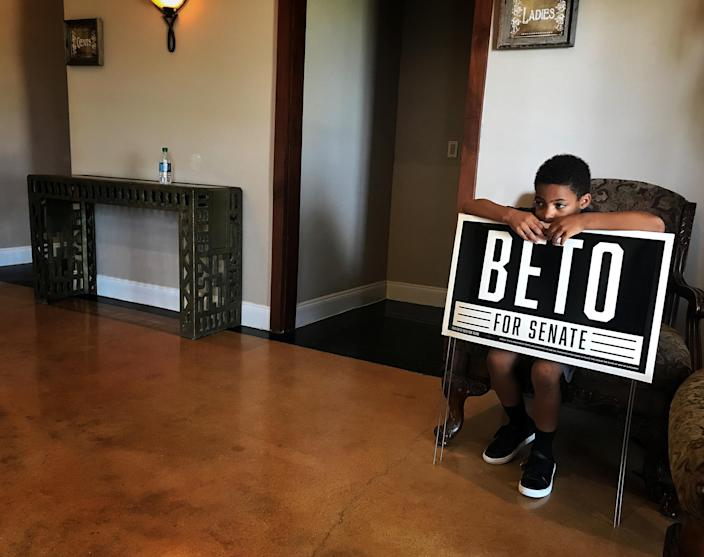 A young supporter after a Beto O'Rourke town hall in Hutchins, Texas. (Photo: Holly Bailey/Yahoo News)
