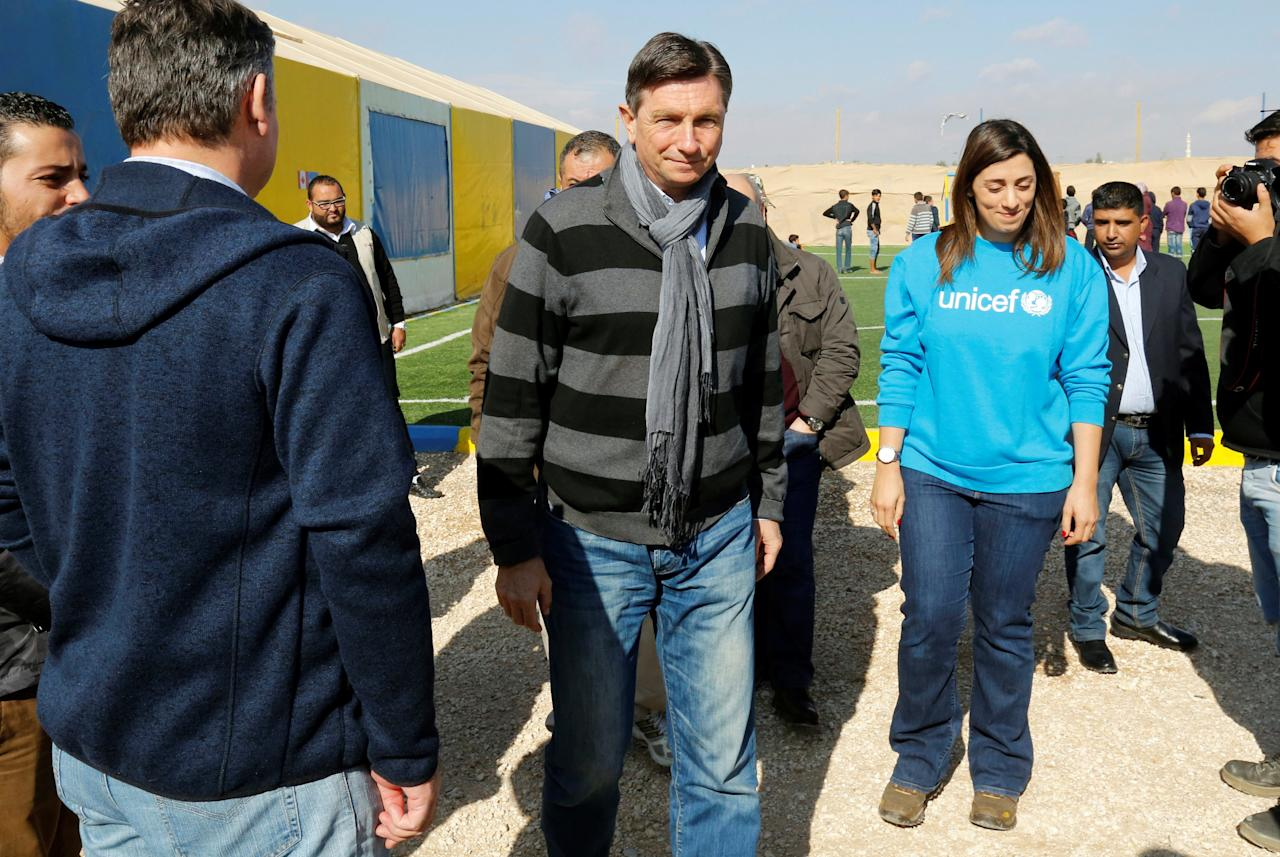 President of Slovenia Borut Pahor visits a fitness centre in the refugee camp Al Zaatari in Jordan, near the border with Syria, December 3, 2016. REUTERS/Muhammad Hamed