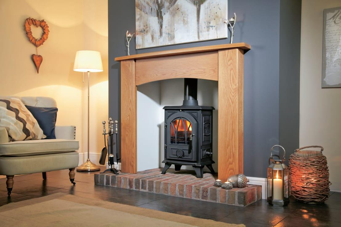 <p>If the idea of an open fire doesn't appal to you, how about having a modern enclosed woodburner professionally fitted into your fireplace? You'll have less mess to deal with and a lovely aesthetic, while still getting the benefit of some extra heat. What a great compromise.</p>  Credits: homify / Fiveways Fires & Stoves