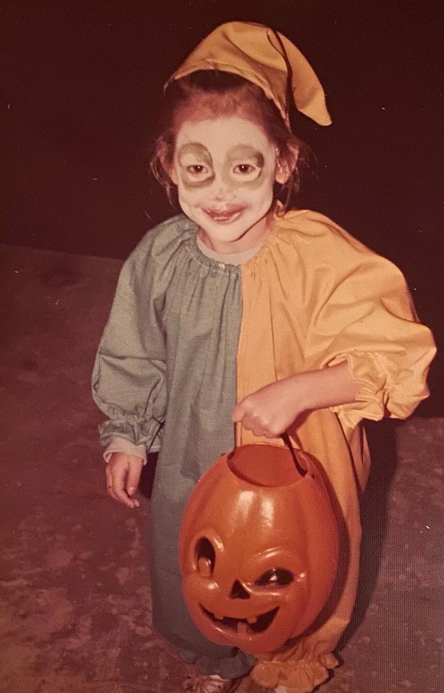 "<p>Garner posted this throwback from Halloween as a child <a href=""https://www.instagram.com/p/CG-dmjGjMHy/"" rel=""nofollow noopener"" target=""_blank"" data-ylk=""slk:simply captioned"" class=""link rapid-noclick-resp"">simply captioned</a>, ""boo."" </p>"