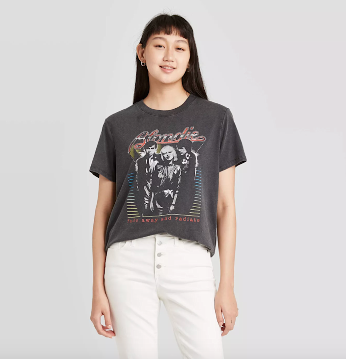 "<h3>Blondie Metallic Short Sleeve Graphic T-Shirt<br></h3><br>""As lovers of music, they'll love a cool vintage-inspired tee, — preferably one of a kick ass artist,"" says Stardust.<br><br><strong>Target</strong> Blondie Metallic Short Sleeve Graphic T-Shirt, $, available at <a href=""https://go.skimresources.com/?id=30283X879131&url=https%3A%2F%2Fgoto.target.com%2FgzjyB"" rel=""nofollow noopener"" target=""_blank"" data-ylk=""slk:Target"" class=""link rapid-noclick-resp"">Target</a>"