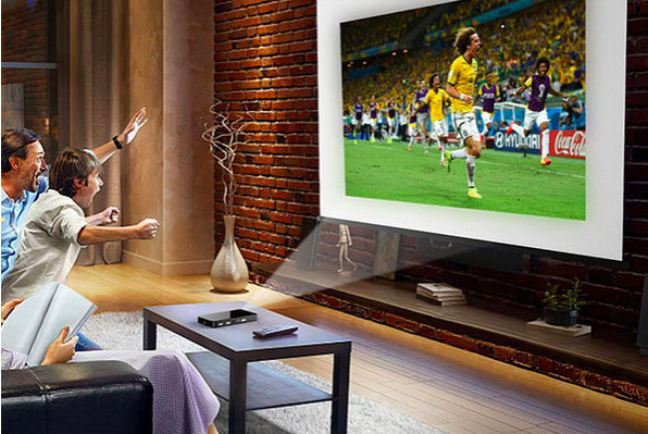 Three cheers for the brilliant Prima 1080p HD Pocket Projector. (Photo: Yahoo Lifestyle Shop)