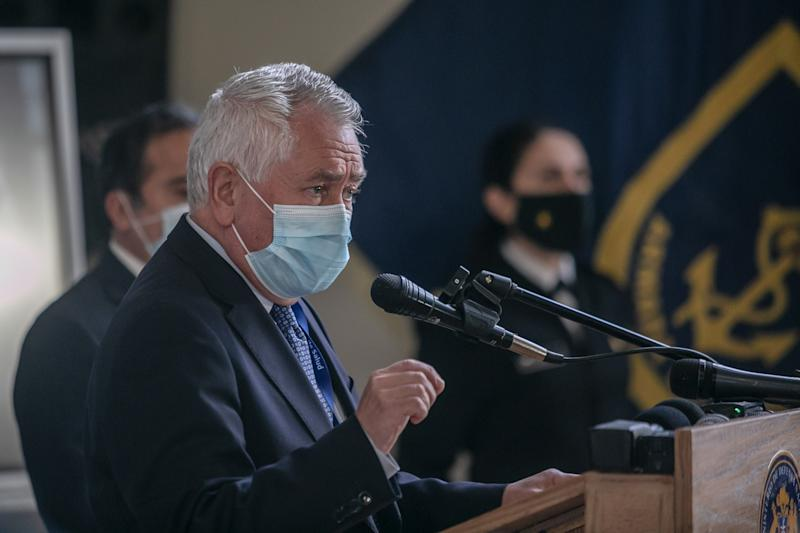 SANTIAGO, CHILE - 2020/07/21: Chilean Minister of Health Enrique Paris speaks during a presentation of the mechanical ventilators developed by the Asmar and Universidad de Concepción alliances to support the fight against the Covid-19 pandemic. (Photo by Pablo Rojas Madariaga/SOPA Images/LightRocket via Getty Images)