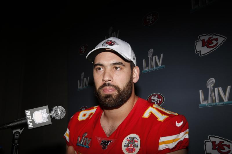 Chiefs' Duvernay-Tardif first to opt out of 2020 NFL season