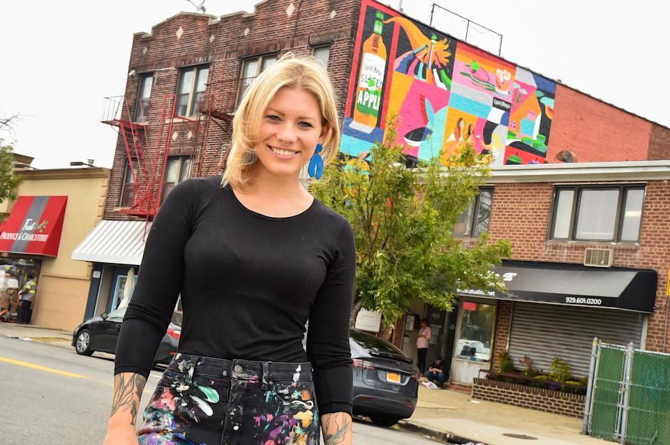 Captain Morgan Sliced Apple Celebrates The Local Queens Community with New Murals by NYC Artist Mason Eve