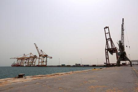 View of the Red Sea port of Hodeidah, Yemen June 24, 2018. REUTERS/Abduljabbar Zeyad