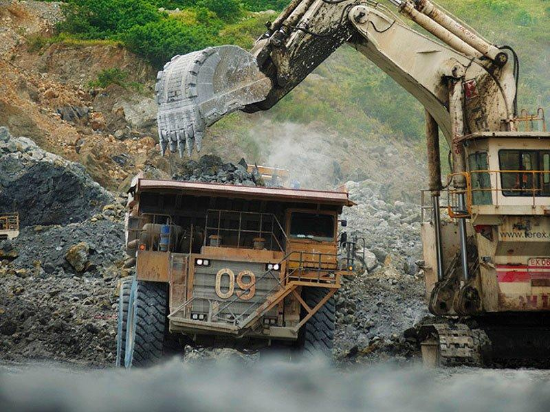 Dispute shuts Newcrest's Lihir mine in PNG