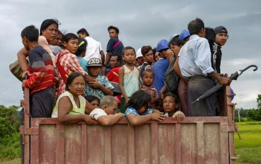 Rohingya tell of fleeing Myanmar for lives, UN says 3,000 left