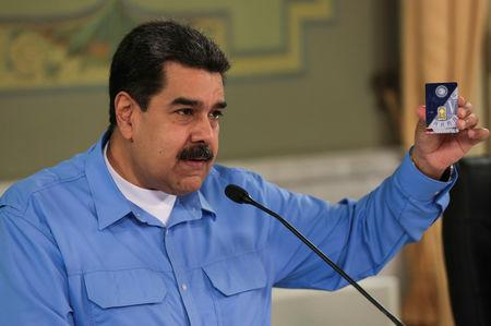 Venezuela's President Nicolas Maduro speaks during a meeting with ministers at Miraflores Palace in Caracas, Venezuela September 3, 2018. Miraflores Palace/Handout via REUTERS