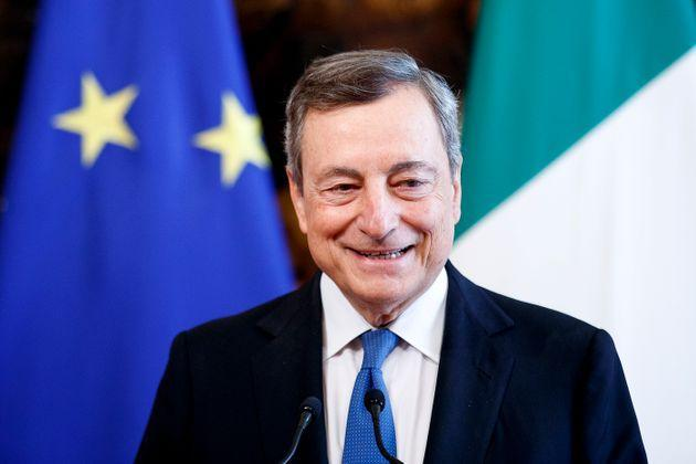 ROME, ITALY - OCTOBER 7: Italian Prime Minister Mario Draghi and the German Chancellor Angela Merkel (not in picture) hold a press conference following their meeting at Palazzo Chigi, on October 7, 2021 in Rome, Italy. Outgoing German Chancellor Angela Merkel will meet with Italian Prime Minister Draghi on a farewell visit. Merkel and Draghi will join Pope Francis and other religious leaders in praying for peace at the Colosseum. (Photo by AM POOL/Getty Images) (Photo: AM POOL via Getty Images)