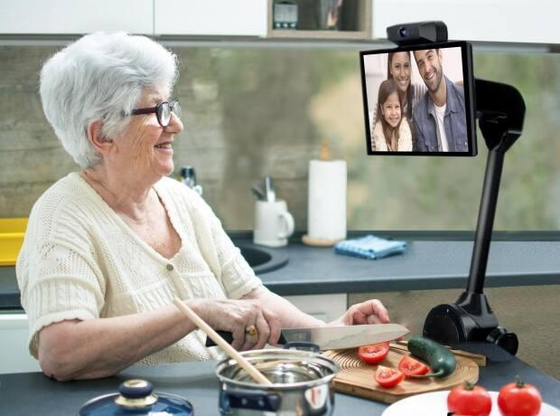 Radley Robots is currently in a pilot program to test the use of hands-free robotic communication devices for seniors.