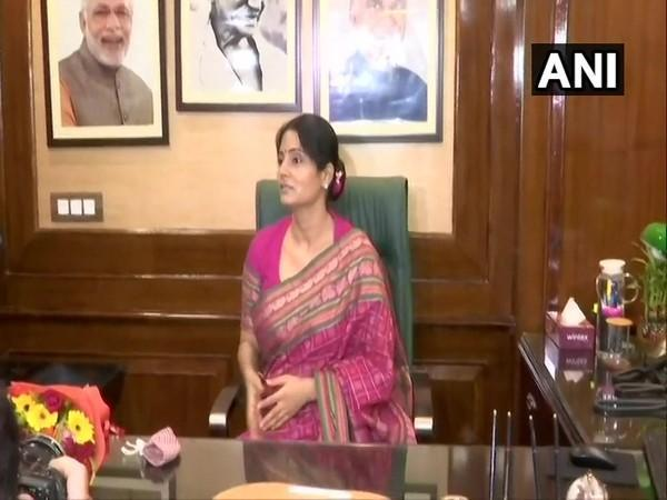 Anupriya Singh Patel takes charge as Minister of State in the Ministry of Commerce and Industry, in New Delhi on Thursday. [Photo/ANI]