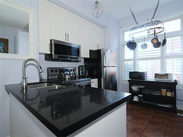 "<p><a href=""https://www.zoocasa.com/toronto-on-real-estate/5066511-16-old-primrose-lane-toronto-on-m5a4t1-c4035248"" rel=""nofollow noopener"" target=""_blank"" data-ylk=""slk:16 Old Primrose Lane, Toronto, Ont."" class=""link rapid-noclick-resp"">16 Old Primrose Lane, Toronto, Ont.</a><br> It comes with a new stainless steel fridge, stove, dishwasher and microwave.<br> (Photo: Zoocasa) </p>"