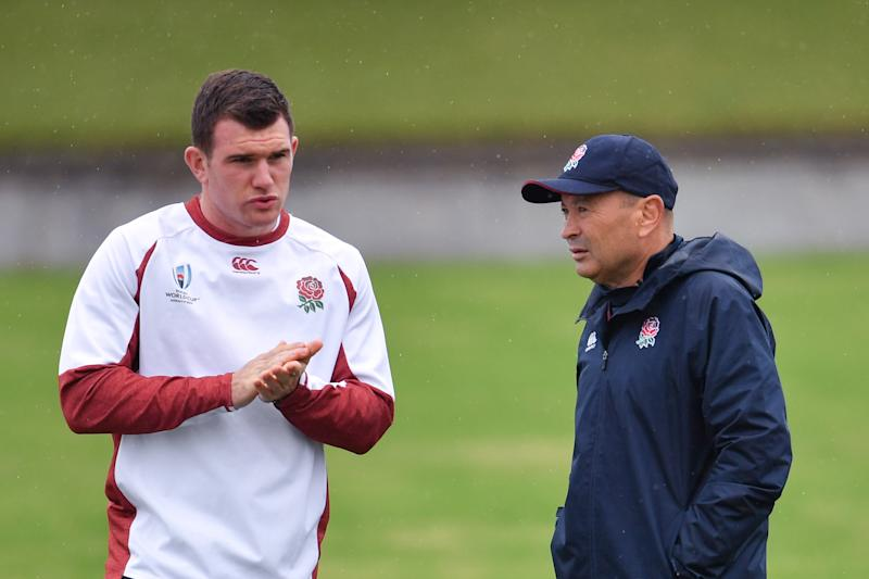TOKYO, JAPAN - OCTOBER 29: England's head coach Eddie Jones in conversation with replacement scrum half Ben Spencer during the England training session at Fuchu Asahi Football Park on October 29, 2019 in Tokyo, Japan. (Photo by Ashley Western/MB Media/Getty Images)