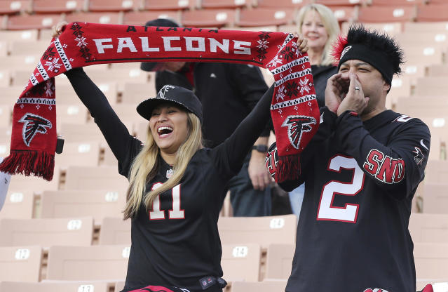 "<a class=""link rapid-noclick-resp"" href=""/nfl/teams/atl"" data-ylk=""slk:Atlanta Falcons"">Atlanta Falcons</a> fans have plenty of reasons to cheer entering 2018. This team should remain a fantasy fantasy-friendly group. (Curtis Compton/Atlanta Journal-Constitution via AP)"