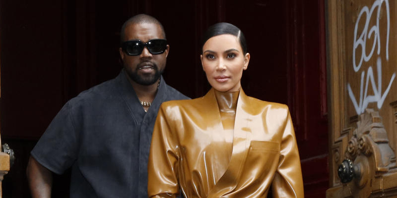 Kanye West apologizes to wife Kim Kardashian West on Twitter: 'I did not cover her'