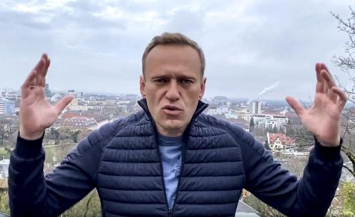 In the photo of this handout, taken from a video released Wednesday, January 13, 2021, Russian opposition activist Alexei Navalny has an Instagram account, and Russian opposition activist Alexei Navalny has a gesture to record his address. doing. Alexei Navalny, top critic of Kremlin, said he would return to Russia over the weekend despite the latest motion of Russian prison services allegedly violating the terms of suspended sentence and custody observation.  (Navalny Instagram account via AP)