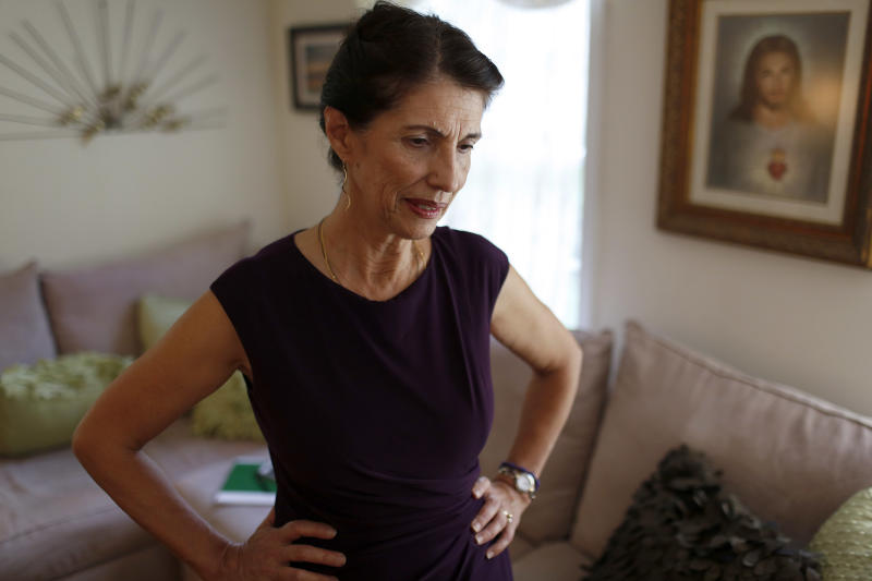 Diane Foley, mother of James Foley, pauses for a moment during an interview at her home August 24, 2014, in Rochester, New Hampshire (AFP Photo/Dominick Reuter)