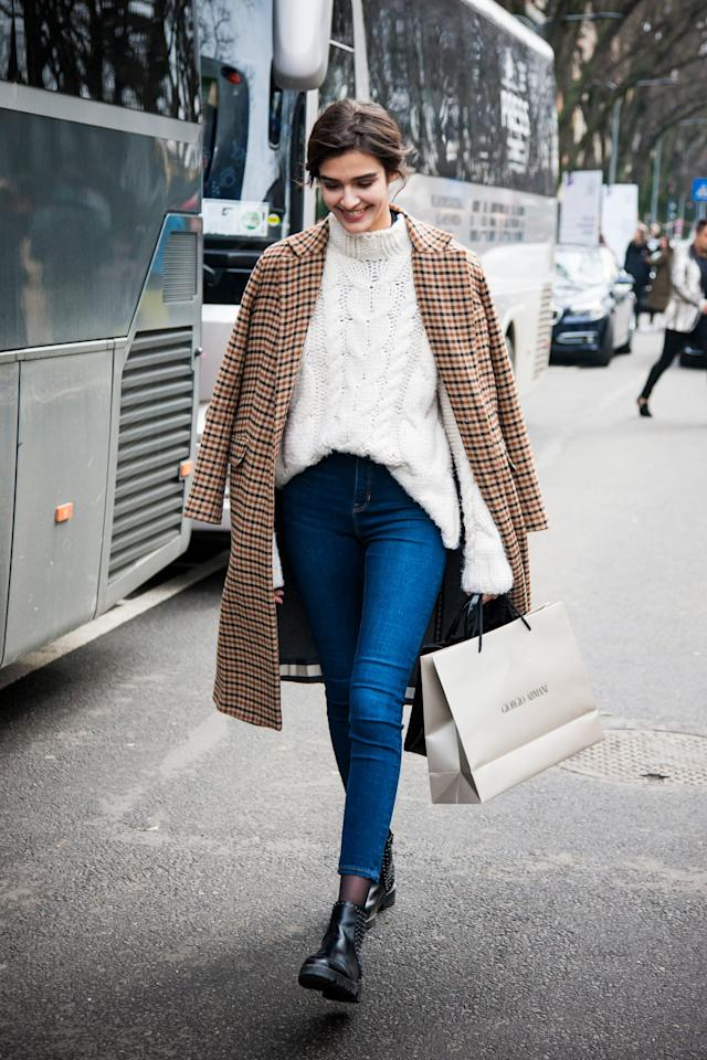 <p>We love all the classics, especially when worn together. Try to style your skinnies with an oversized cable knit sweater and plaid coat for Fall.</p>