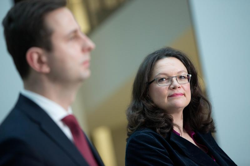 German Minister for Labour and Social Affairs Andrea Nahles (R) and her Polish counterpart Wladyslaw Kosiniak-Kamysz address a joint press conference in Berlin on January 30, 2015