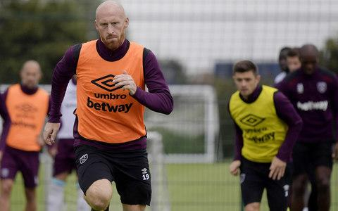 Collins insists the players back their under-fire manager - Credit: WEST HAM UNITED FC