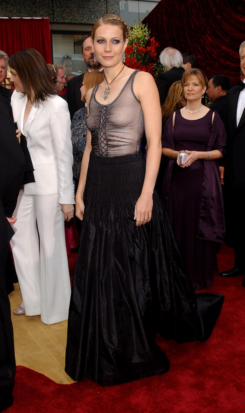 """<p>In 2017, the actress <a href=""""https://www.huffingtonpost.ca/entry/gwyneth-paltrow-worst-oscar-dresses-photos_n_2788452"""" rel=""""nofollow noopener"""" target=""""_blank"""" data-ylk=""""slk:admitted"""" class=""""link rapid-noclick-resp"""">admitted </a>on her website Goop that this """"goth"""" look was one of her most memorable Oscar looks, but for all the wrong reasons. """"There were a few issues; I still love the dress itself but I should have worn a bra and I should have just had simple beachy hair and less makeup,"""" Paltrow said. """"Then, it would have worked as I wanted it to - a little bit of punk at the Oscars.""""</p>"""