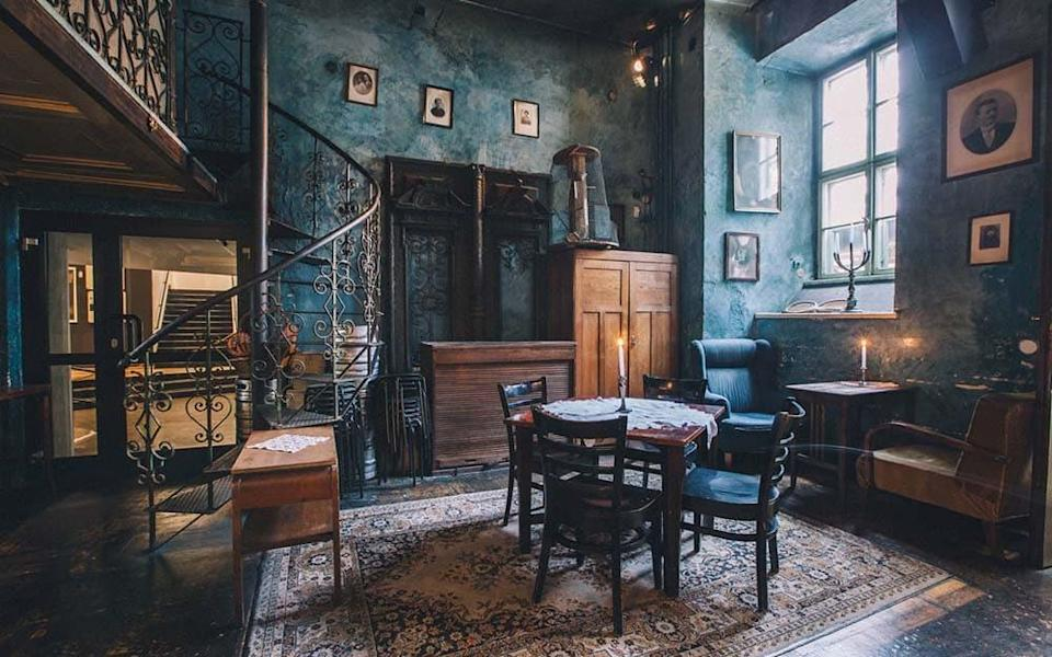 Bunkier Café has a lovely, easy atmosphere; the kind of place you stop at for an evening drink and stay in until closing time