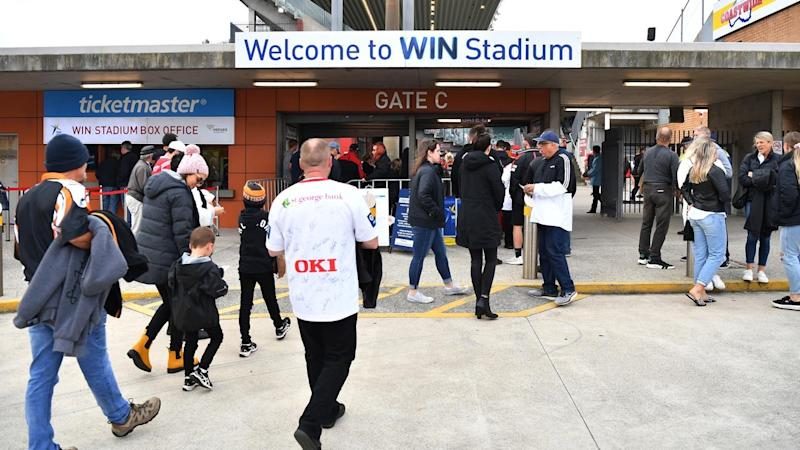 NRL Commission chairman Peter V'landys is hoping to get crowds back to the game by July