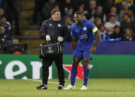 Britain Football Soccer - Leicester City v Atletico Madrid - UEFA Champions League Quarter Final Second Leg - King Power Stadium, Leicester, England - 18/4/17 Leicester City's Wes Morgan goes off injured Reuters / Darren Staples Livepic