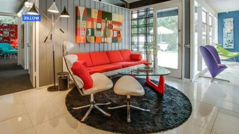 Peachy Keen 1950s-Style Home Listed for $665K in Dallas