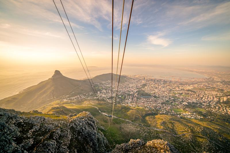 Cape Town visitors can take the Table Mountain cableway to reach an elevation of 3,501 feet - (C)2015 Chiara Salvadori, all rights reserved
