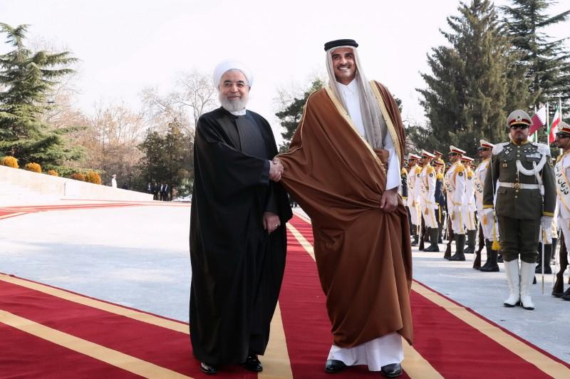 Qatar emir in Iran, calls for regional de-escalation at 'sensitive' time