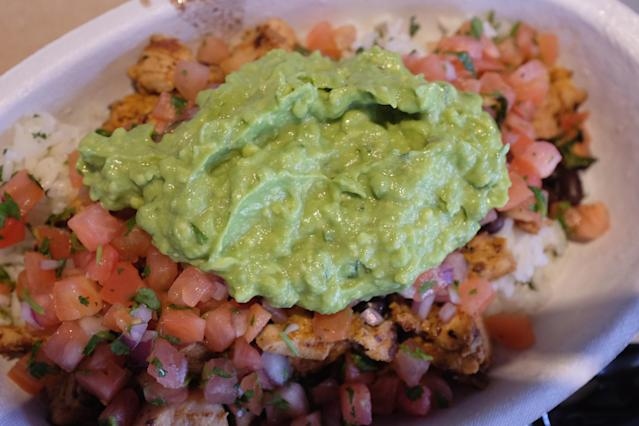 Yahoo Finance Managing Editor Sam Ro recommends free guacamole as an idea for new Chipotle CEO Brian Niccol.