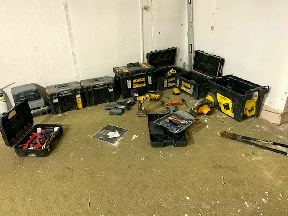 Tools at the site were left by the thieves. (SWNS)