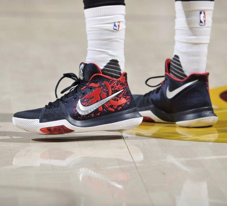 Kyrie Irving's Christmas Day sneakers. (Getty Images)