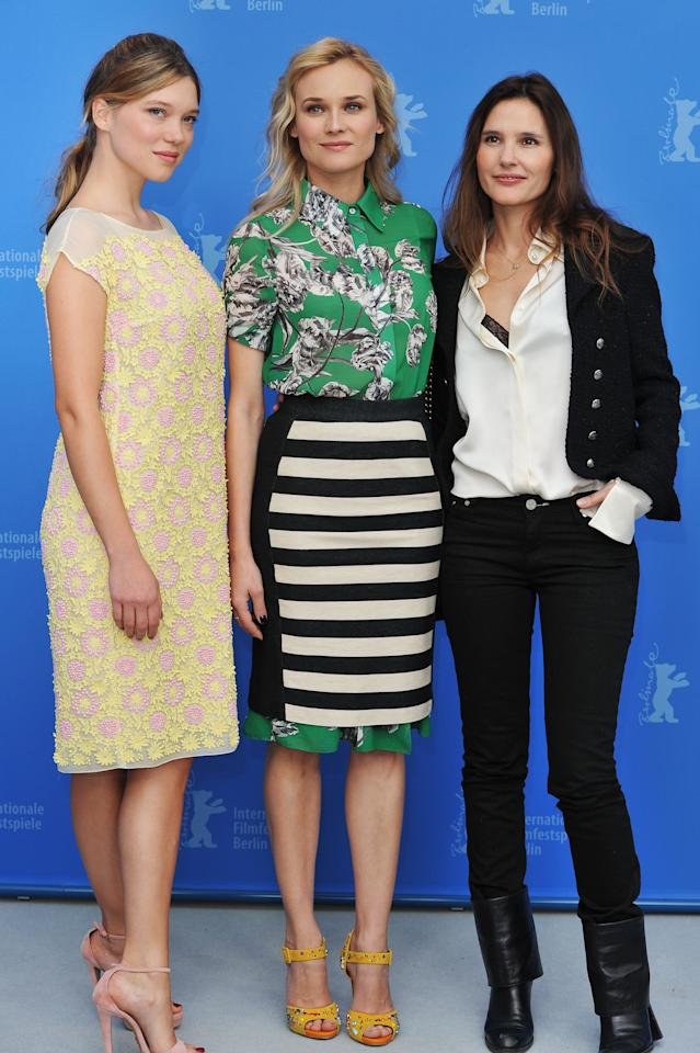 """BERLIN, GERMANY - FEBRUARY 09:  Actresses Lea Seydoux, Diane Kruger and Virginie Ledoyen attend the """"Les Adieux De La Reine"""" Photocall during day one of the 62nd Berlin International Film Festival at the Grand Hyatt on February 9, 2012 in Berlin, Germany.  (Photo by Pascal Le Segretain/Getty Images)"""