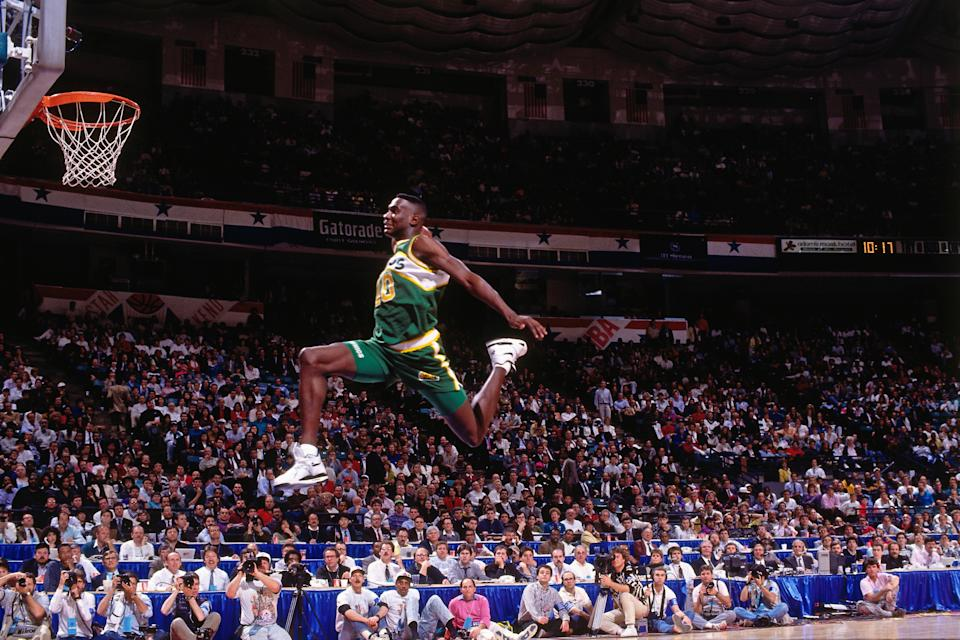 Shawn Kemp of the Seattle Supersonics attempts a dunk during the 1991 Slam Dunk Contest. (Getty)