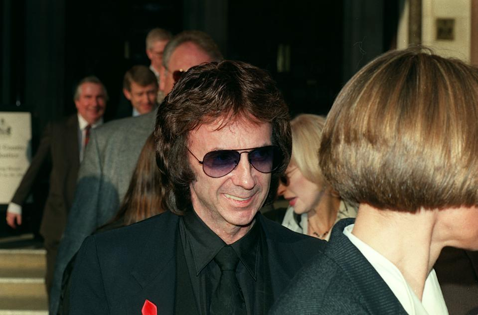 "PA NEWS PHOTO 14/01/97 266449-1 Legendary pop writer and musician Phil Spector arrives at the High Court in London for the second day of his case against Bourne Music Ltd in which he is claiming back royalties and the return of copyright rights to the song ""To Know Him Is To Love Him"" (Photo by Michael Stephens - PA Images/PA Images via Getty Images)"