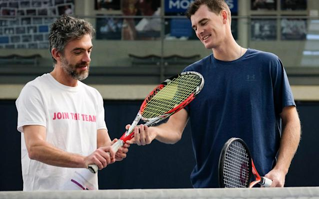 Jamie Murray (right) gives Simon Briggs some friendly advice at the National Tennis Centre - Christopher Pledger