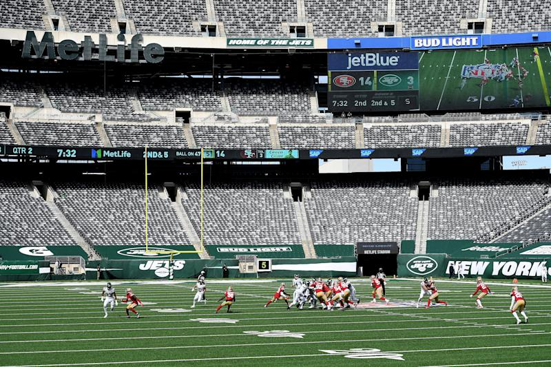 A general view of Sunday's game at MetLife Stadium between the 49ers and Jets.