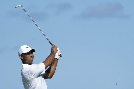 Woods opens with 69 at Hero World Challenge