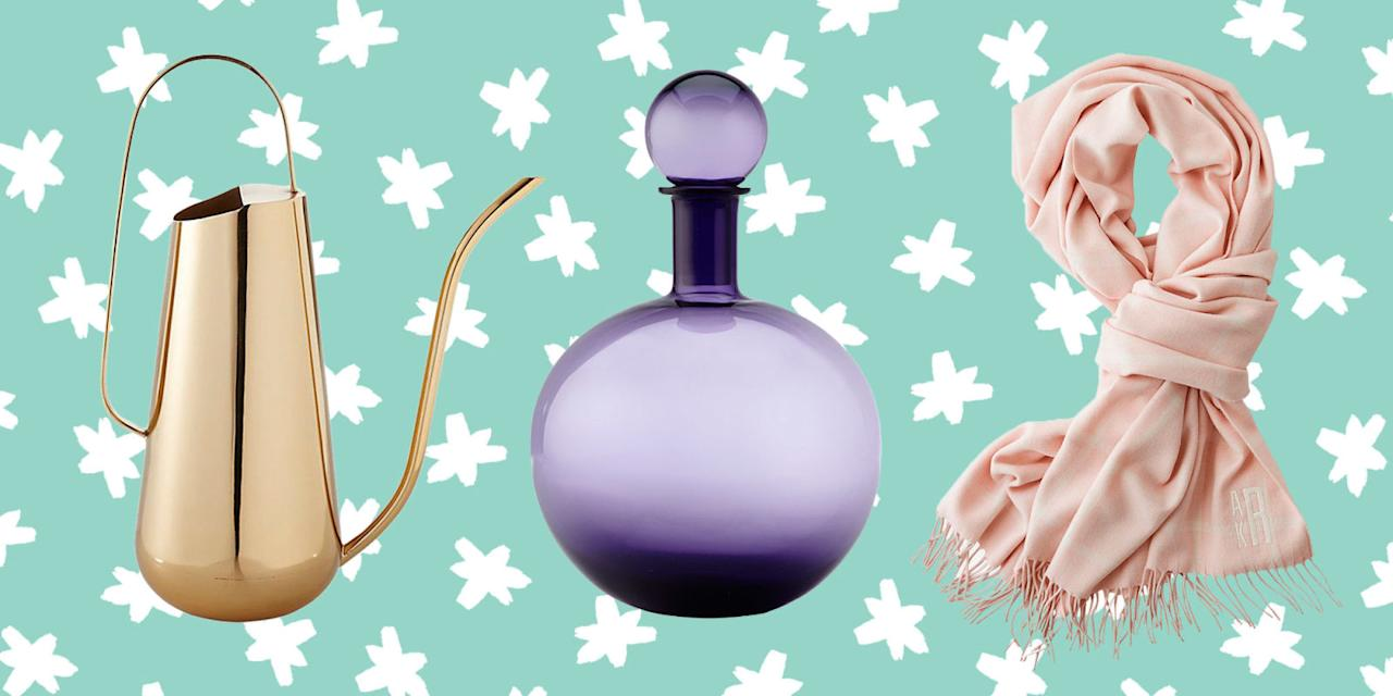 <p>Wondering what to give the best mom ever this holiday season? Check out these 20 amazing finds for some serious shopping inspiration. </p>