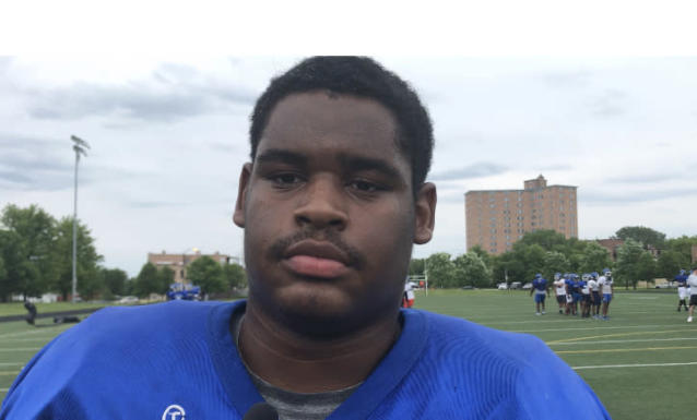 Phillips Academy's three star-ranked senior defensive tackle recruit Demerick Morris (6-foot-3, 284 pounds) decided to give Temple University and head coach Rod Carey his verbal commitment.