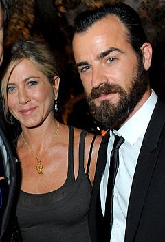 "Jennifer Aniston: Justin Theroux Looks ""Like a Serial Killer"""