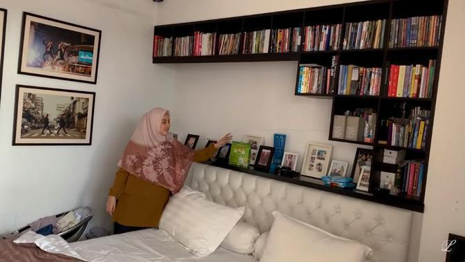 Suasana kamar Desta dan Natasha Rizky. (YouTube LCB Channel)
