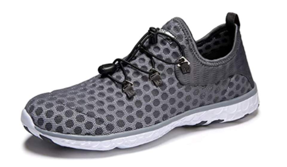 The Moerdeng comes in this cool dotted design too! (Photo: Amazon)