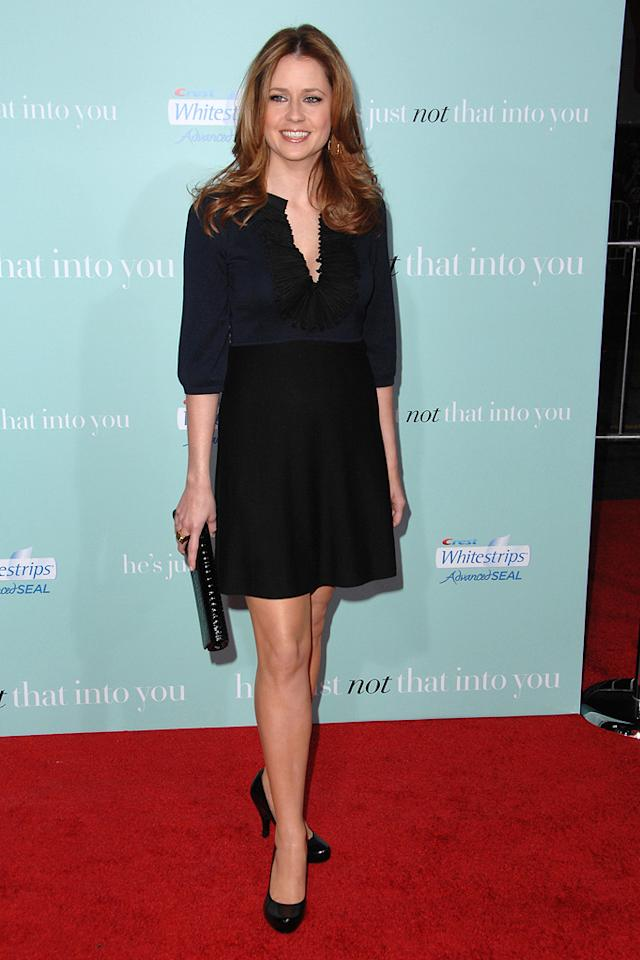"""<a href=""""http://movies.yahoo.com/movie/contributor/1804724172"""">Jenna Fischer</a> at the Los Angeles premiere of <a href=""""http://movies.yahoo.com/movie/1809932969/info"""">He's Just Not That Into You</a> - 02/02/2009"""