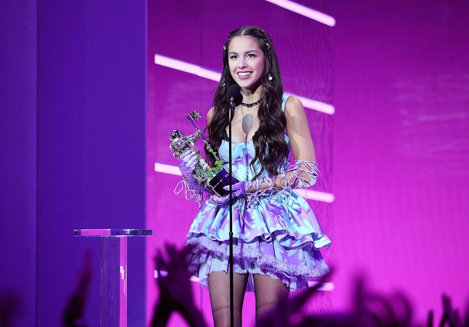"""<h1 class=""""title"""">2021 MTV Video Music Awards - Show</h1><cite class=""""credit"""">Getty Images</cite>"""